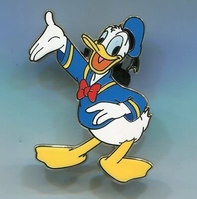 Disney Pin Donald Duck Waving One Hand Out Up