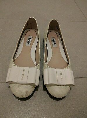 clarks white leather ballet flats 7