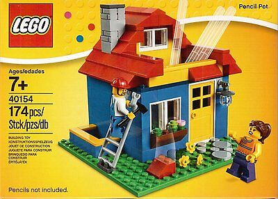 Lego Iconic House Pencil Pot 40154 With Minifigures and Garden - Brand New