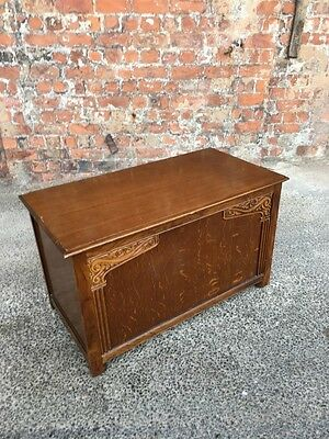 Vintage Mid-Century Oak Blanket Box With Carved Details - Storage Box / Chest