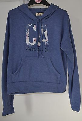 A Very Soft  Blue Hollister Xs Hoodie Age 10 To 11?