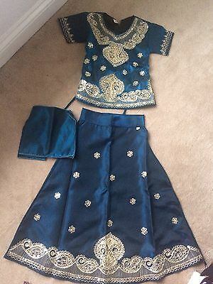 Girls Indian Langha Lengha Size 30. Age Aporox 3-5