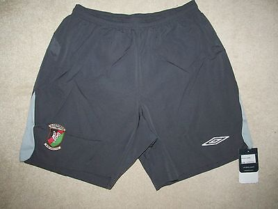 GLENTORAN FC Umbro Football Shorts  -L