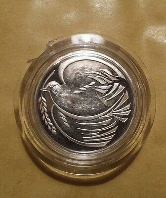 """1995 Uk """"wwii Dove Of Peace"""" Silver Proof £2 Two Pounds Coin"""