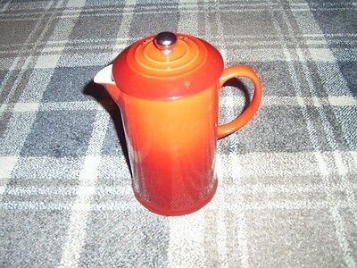 Le Creuset cerise red coffee cafetiere press in pristine order