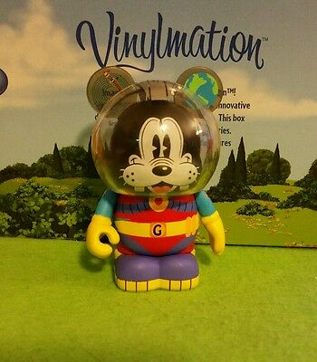 """DISNEY Vinylmation 3"""" Park Set 1 Mickey and Friends in Space Goofy"""