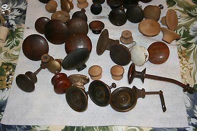 Lot of vintage wooden knobs/hardware