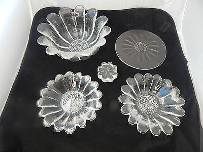 Vintage Lot of Dartington Glass Daisy Items by Frank Thrower to Include Bowls