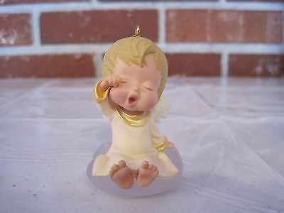 """1992 Hallmark Ornament Mary's Angel """"lily""""  5Th In Series"""