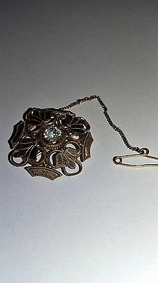 Beautiful Victorian  Pinchbeck Brooch With Safty Chain