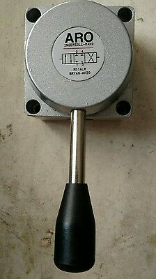 Ingersoll Rand ARO 1/2 Manual Air Control Valve M514LR 4 Way, 3 Position Lever