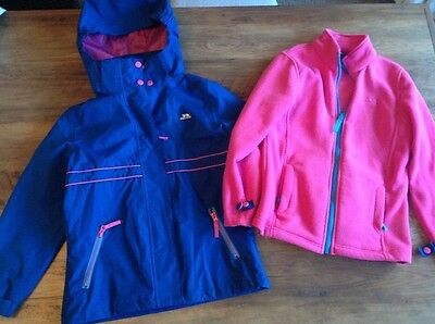 TheTrespass Girls Lined Hooded Coat Sperate Fleece Age 7-8 Weather Proof RRP £68
