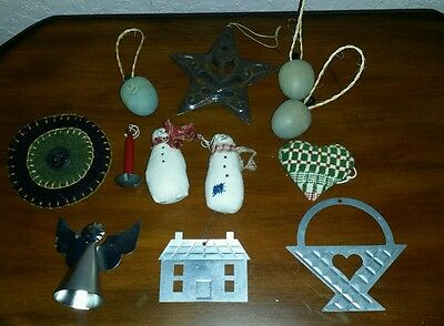 Lot of 12 Rustic Primitive country Christmas Ornaments