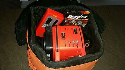 Lufkin DUAL BEAM ROTARY LASER LEVEL & DETECTOR Rain/Dustproof & Carry Case LR502