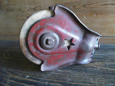 BARN PULLEY orig hardware Barn Block & Tackle RED Starline STAR Pulley VINTAGE