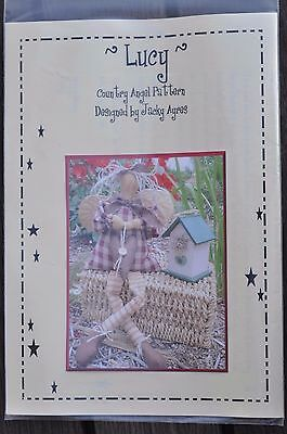 'Lucy' Country Angel pattern designed by Jacky Ayres