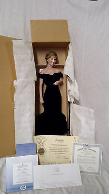 Franklin Mint Diana Princess Of Glamour Portrait Doll 16  With Tag & Stand