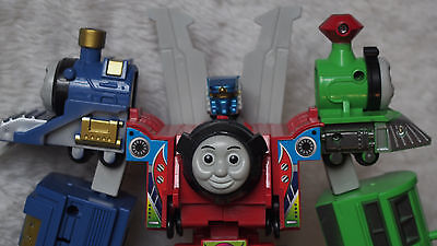 kiTki 3 thomas assemble combine robot transformers toy play battle train rail