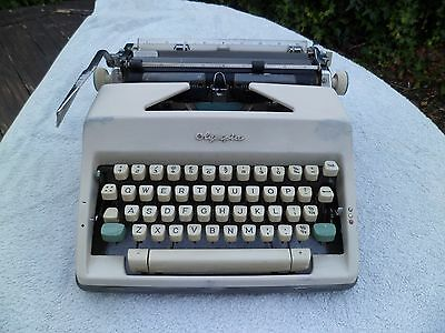 Vintage Olympia Portable Typewriter Model SM9 1966 With Carrying Case