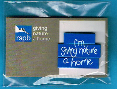 RSPB Pin Badge I'm giving nature a home on GNaH