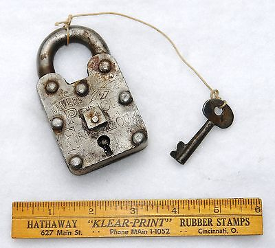 LEVERS REGD. #27 PRINCE FINE LOCK & KEY - Hob Nail - Authentic - Antique