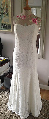 Elegant Wedding Dress, Lace, 12-14 new with tags