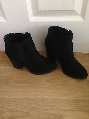 New Look Black Boots Size 4
