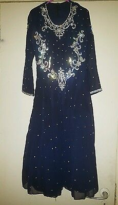 Girls navy prom dress size 28