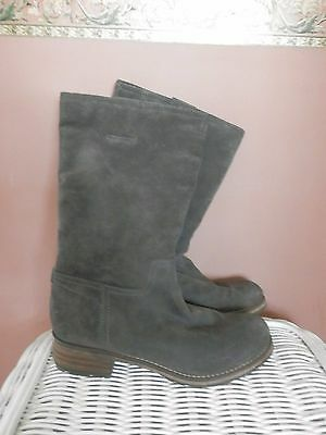 Clarks Majorca Eve Charcoal Suede Boots - size 6.5 (7)