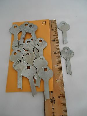 Vintage Yale Locksmith Key Blanks – Lot of 15 (item ID: Y4)