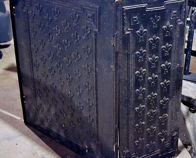 Early Antique Iron Fireplace Panels Fleur de Lis Pattern 3 Connecting Pieces 18
