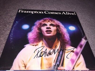 Awesome PETER FRAMPTON Signed Autographed FRAMPTON COMES ALIVE Album LP