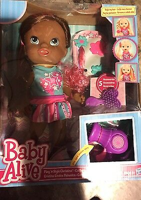 Baby Alive Play 'n Style Christina Doll Fashion brush and comb