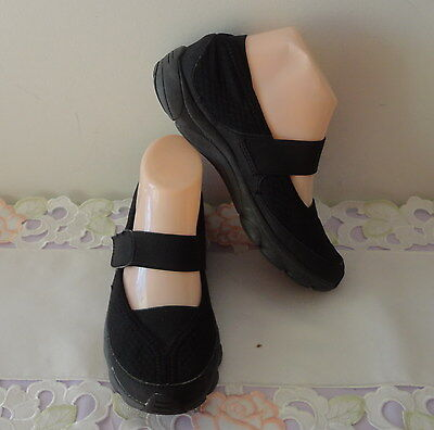 SHOES / SANDALS - Homy Ped - MJ Natural Balance - Black - Size 5 - Ex Condition