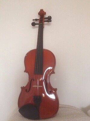 1/4 Child's Violin With Case, Bow & Chin rest