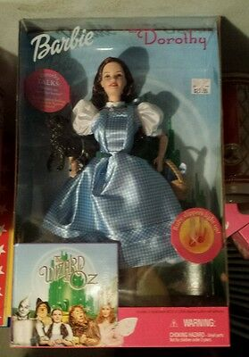 The Wizard of Oz Dorothy 1999 Barbie Doll Talks Ruby slippers light too too Dog