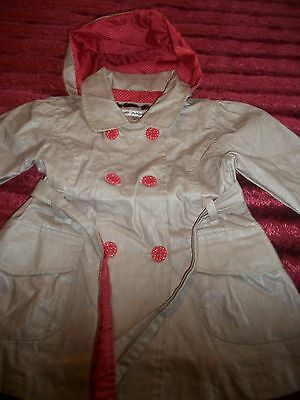 "Marks &Spencers Girls coat  age 2-3 years 98 cn /38.5 "" H  Detachable hood /belt"