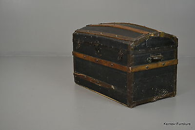 Large Dome Top Trunk