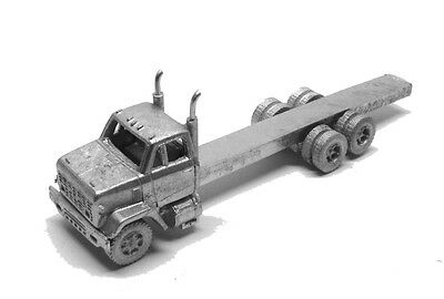 N Scale 70's GMC 9500 Short Hood Builder's Pack-2 Trucks Showcase Miniatures(97)