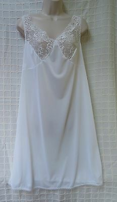 size 12 full slip vintage NEW White made in England washable