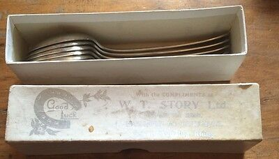 6 wedding gift spoons from 1958-still boxed