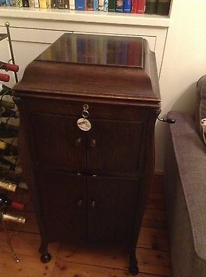 HMV Cabinet Gramophone Model 180 With Gold Fittings