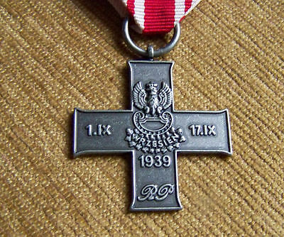 POLISH ARMY CROSS OF 1939 SEPTEMBER WAR 1939 - Order Poland medal WWII