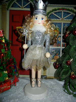 NUTCRACKER SUITE CLASSIC WOOD * SUGAR PLUM FAIRY with SNOWFLAKE * CHRISTMAS