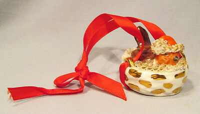 Rare Irish Dresden Robin Bird Wearing Santa Hat in Nest Christmas Ornament
