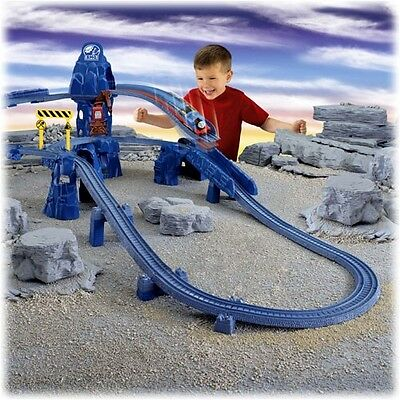 Thomas & Friends Trackmaster Automised Set, Daring Drop With Blue Mountain DVD