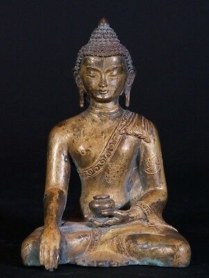 Middle 20th century Old copper Buddha statue from Nepal | Antique Buddha Statues