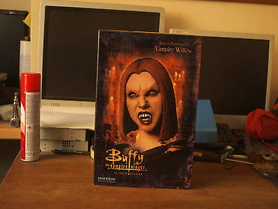 Slideshow Collectables Buffy The Vampire Slayer Figure - Vampire Willow (Boxed)