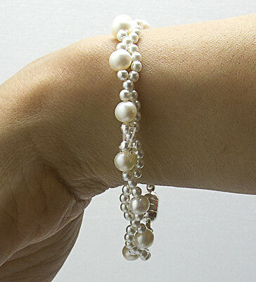 Freshwater Cultured Pearl Bracelet with Japanese pearl beads & Magnetic Clasp