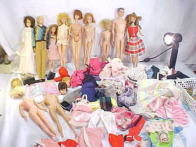 Large Lot Group Of Vintage Barbie Dolls And Clothing - Needs TLC